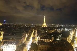 09_Paris_v_noci_1